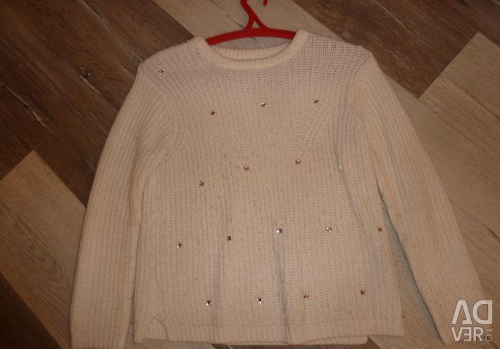 White Zara sweater with rhinestones