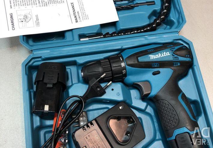Makit 12W screwdriver DF330