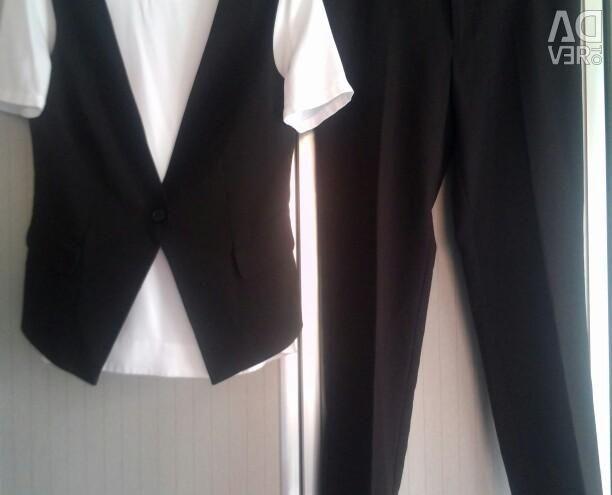Κοστούμια - νέα παντελόνια, γιλέκο και μπλούζα