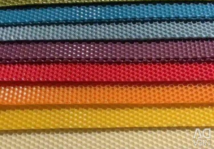 Colored foundation