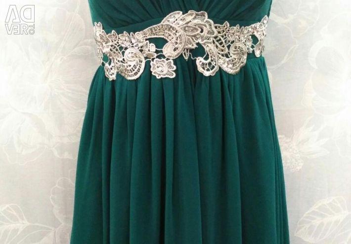 Νέο κομψό φόρεμα