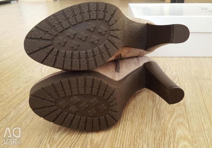 Marco Rizzi cizme noi din piele de căprioară