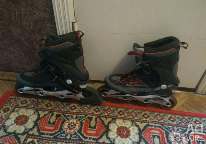 Roller skates + protection