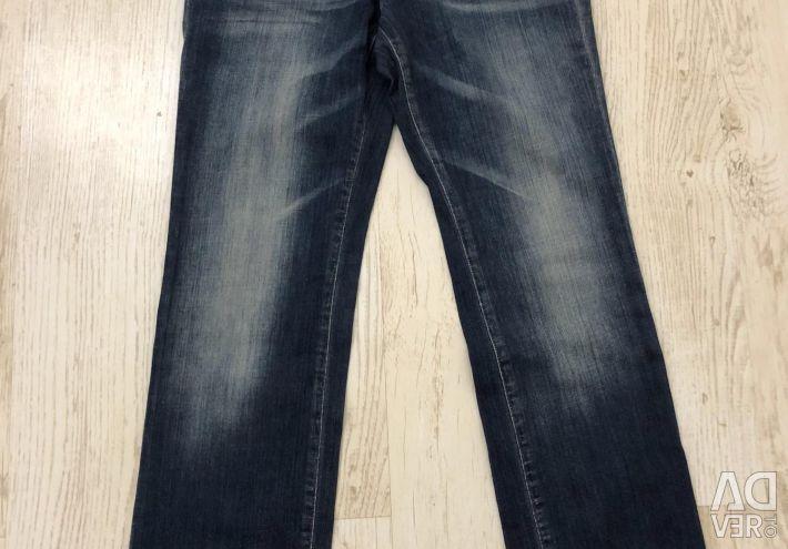 Jeess Jeans