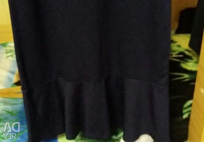 Сукня з ручною вишивкою