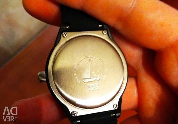Wristwatch (quartz)