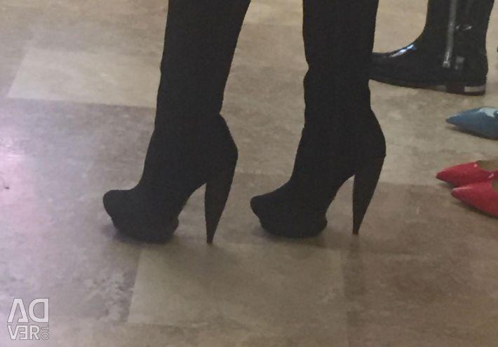 Μπότες 38
