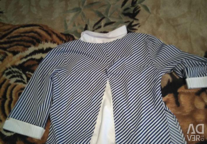 Δύο μπλούζα