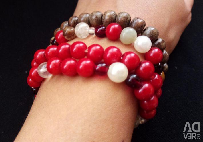 Handmade red bead bracelet