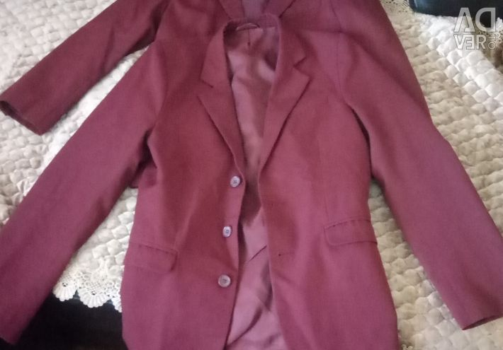 Suits of burgundy color.