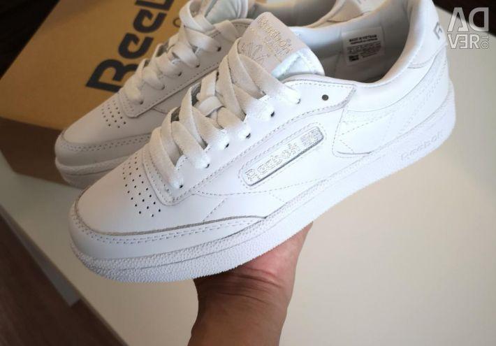 Reebok Sneakers Genuine Leather (36, 37)