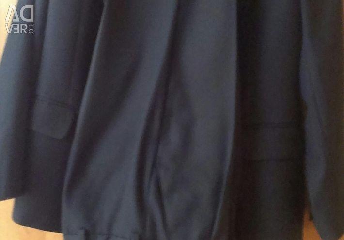 Шкільний костюм.