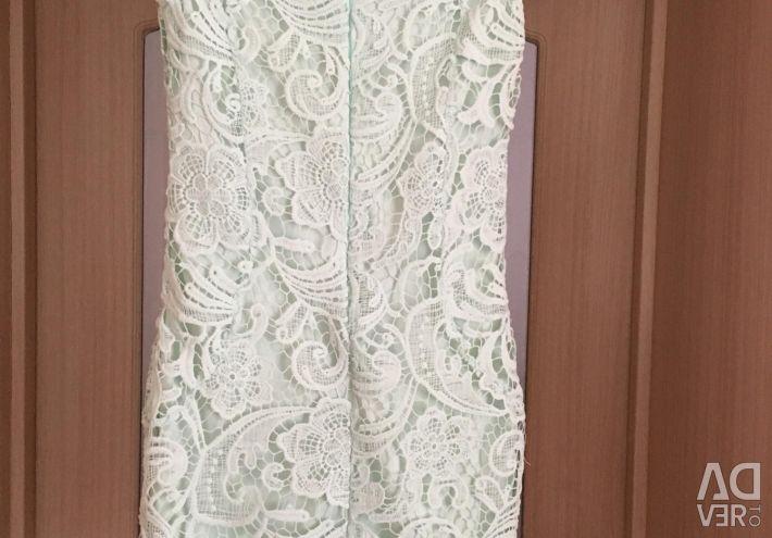 Φόρεμα με δαντέλα μεγέθους 40-42