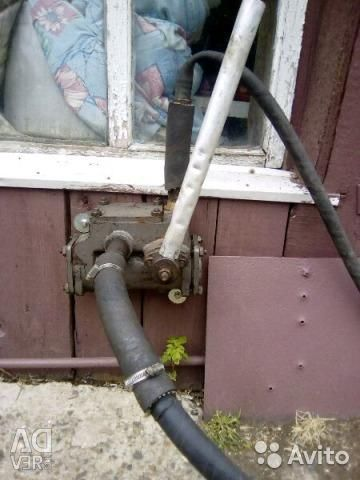 Su ve gsm kılavuzu pompalamak için pompa