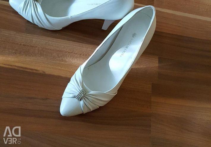 Shoes 38 size.