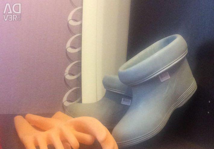 Διηλεκτρικές μπότες και γάντια