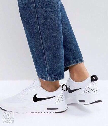Nike Air Max Thea Sneakers