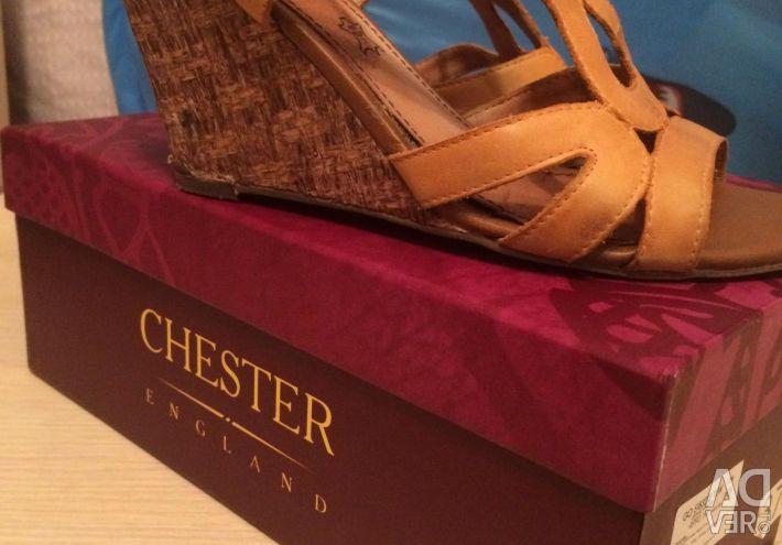 Chester deri sandalet