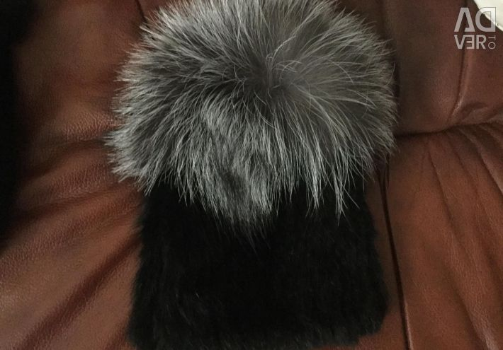 Mink cap with silver fox