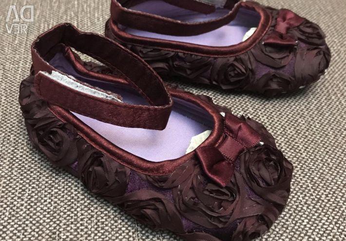 P13 bebek ayakkabı yeni