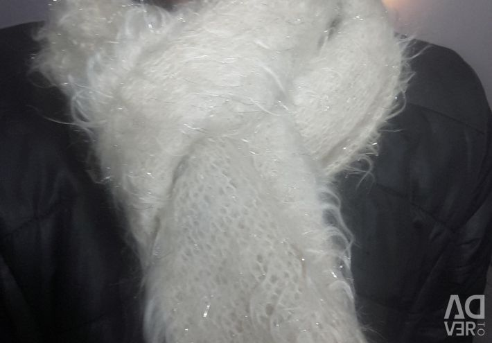 Scarf mohair silver white fluffy