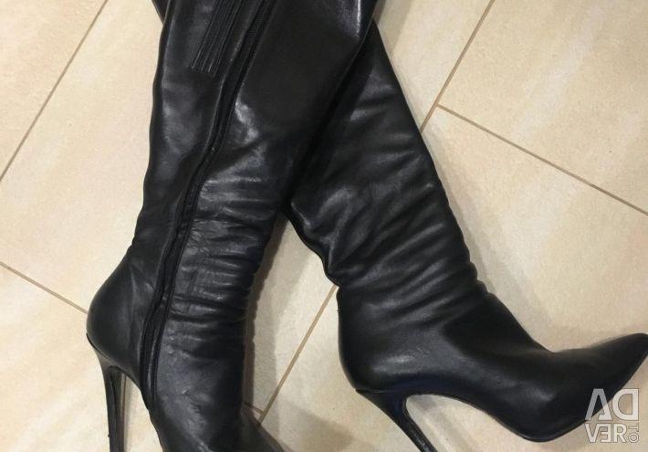 Çizme Nando Muzi, İtalya