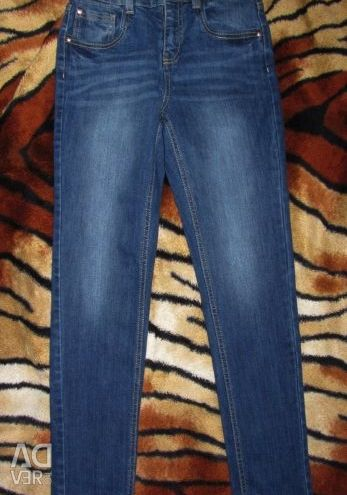 NEW jeans d / m R.146 (3 pairs)