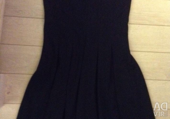 Dress with a zipper, Used a little, in good condition,