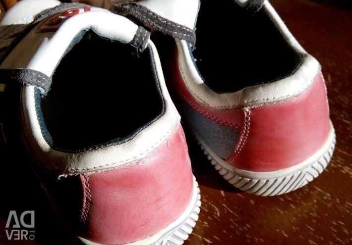 Кеды детские ( натуральная кожа) , 35 размер.