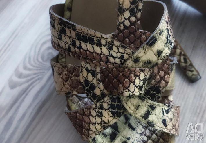 Sandals 38 size