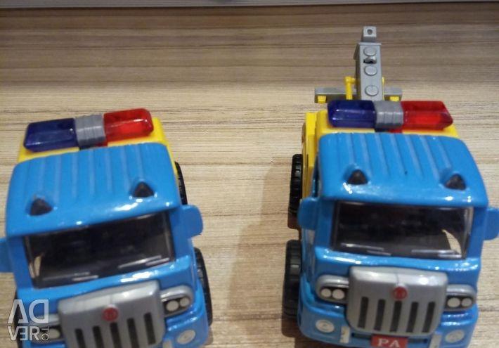 Машинки вантажні.