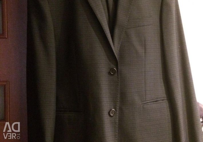 Noul costum pentru bărbați