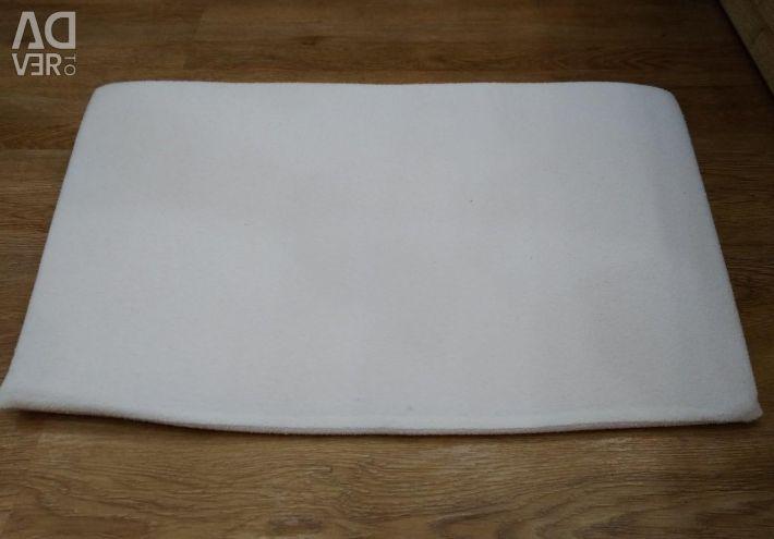 Anti-reflex cushion for newborns