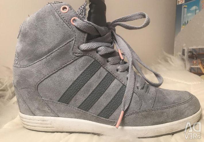 Ανδρικά πάνινα παπούτσια. 38-39