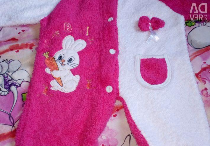 Тёплый плюшевый комбинезон для девочки 2-3 месяца