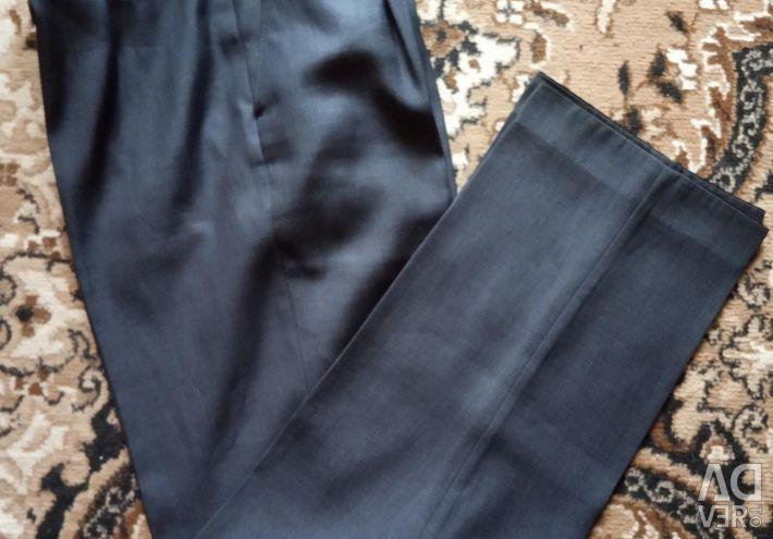Παντελόνια για ένα αγόρι (έφηβος).