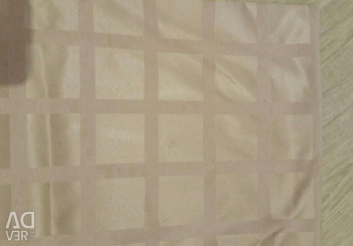 Tablecloths white and beige