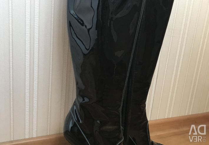 YSL boots new