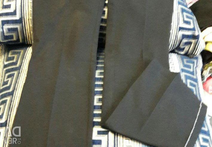 Pantaloni de mărime nouă 42-44