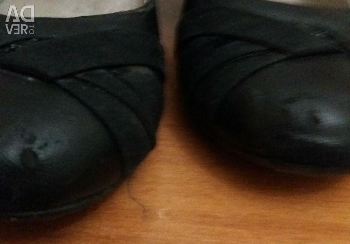Παπούτσια που χρησιμοποιούνται.