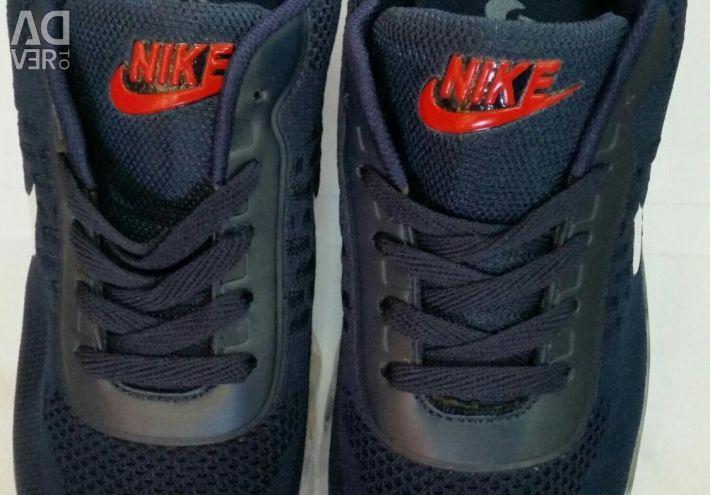 Sneakers Nike 41-44. New