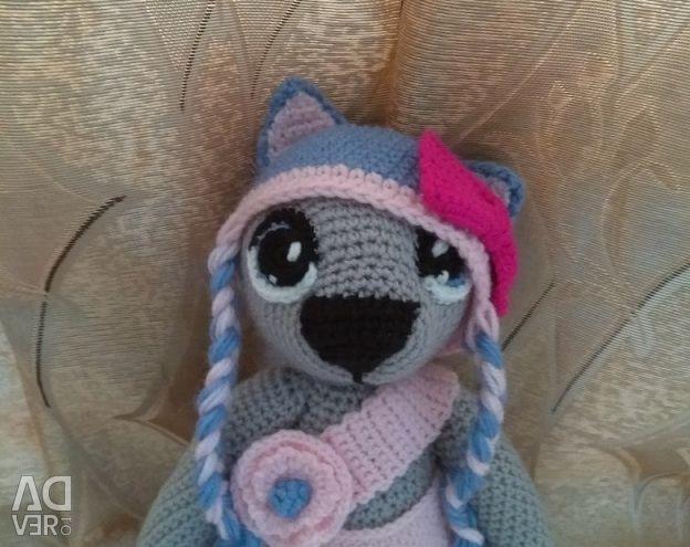 Knitting toys on order