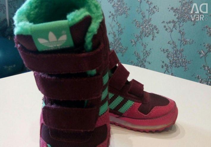 ??Children sneakers adidas, 24p NEW !!!