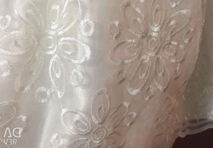 Φόρεμα με νέο μπολερό