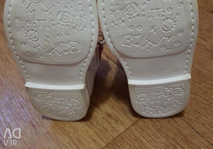 Sandals 21r