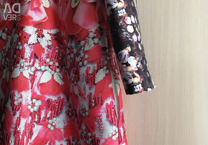 Φόρεμα και καλοκαιρινό παλτό AMN
