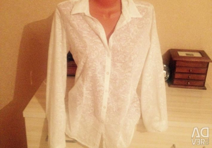 Λευκό πουκάμισο
