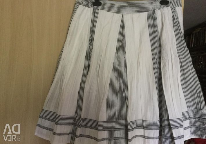 Skirts . WITH