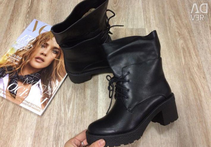 Продам новые ботинки экокожа осень