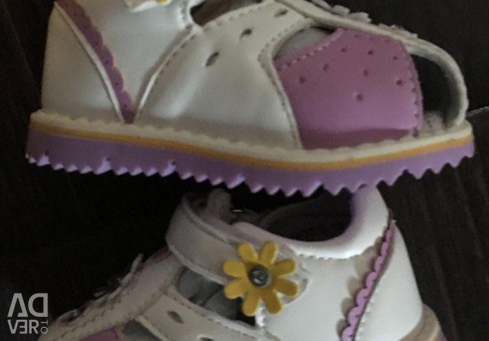 New Sandals Unichel 19r